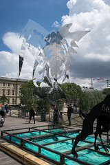 IMG_0461.jpg (mgroot) Tags: paris france art statue ledefrance fr pontdesarts paris2016