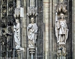 Statues on the town hall tower (Ratsturm) in Cologne (PhotosToArtByMike) Tags: rathaus colognecityhall klnerrathaus oldtownhall colognegermany cologne germany ratsturm tower cityhall sculpture statues dom koln klnerdom oldtown rhineriver oldquarterofcologne europe