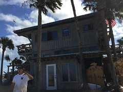 20161016-00024.jpg (tristanloper) Tags: florida palmcoast a1a hurricanematthew palmcoastflorida palmcoastfl damage cleanup hurricane atlanticocean