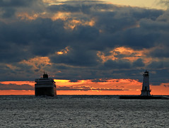 A real Lean (GLC 392) Tags: sunset ohio orange lighthouse lake water car wall ferry clouds waves break michigan smoke system co rough coal chesapeake chessie seas lmc ludington carferry
