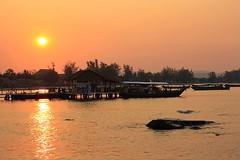 Sihanoukville Sunset (Aussie Assault) Tags: sunset beach coast cambodia sihanoukville serendipity snooky otres