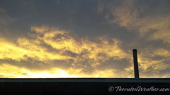 November 18, 2014 - A gorgeous sunset as seen from north Denver. (ThorntonWeather.com)