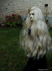 In the garden (manghorse) Tags: aurora bjd marieange dollzone
