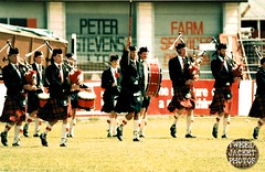 Pipe Band Christchurch 1988 V1.10-tweed jacket photos (The General Was Here !!!) Tags: christchurch scotland photo pix kilt 1988 scottish marching kiwi kilts 1980s piping drill pipers chanter pipeband drones kiwiana scottishmusic inuniform addingtonshowgrounds scottishmusichighlandmusic