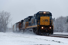 Spiffy Dash 8 in the snow (jwjordak) Tags: railroad usa snow train number oh berea csxt 7553