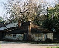 Flexaret 3a - Little Old House (Kojotisko) Tags: brno cc creativecommons vintagecamera czechrepublic flexaret kodakportra kodakportra160 flexaret3a