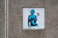 Joy (motveggen) Tags: streetart stencil joy bergen gatekunst kvinne menneske streetartbergen
