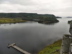 Fishing in Loch Awe (Miguel Castrillo Melguizo) Tags: castle lago scotland fishing escocia loch awe castillo pescando kilchurn