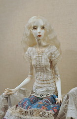 _DSC0054 (Jolly smiley) Tags: doll hand dress embroidery crochet made bjd boxx