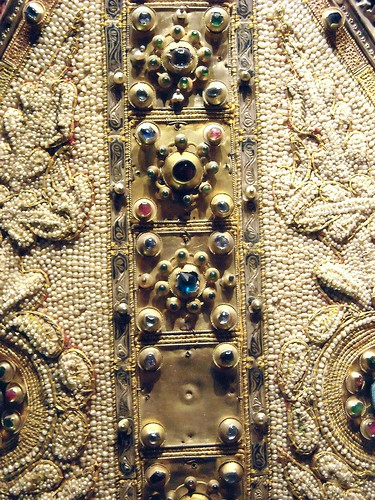 Mitre (Detail) - Amalfi, Museo Diocesano - Neapolitan Workmanship - first quater of the 14th century - Pearls and golden plates with precious stones - Angevin Naples - Temporary exhibition - Museum of the Treasure of Saint January in Naples
