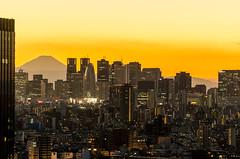 Shinjuku & Fujisan (Tokyo Tomodachi) Tags: sunset japan tokyo nikon shinjuku fujisan cocoontower tokyoskytree d5100 dennisbacsa