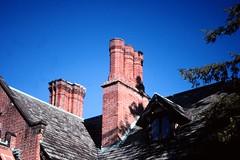 OH_Stan Hywet_0011 (TNoble2008) Tags: roof chimney slate 1911 2000october materialbrick styletudor statususnationalhistoriclandmark statususnationalregisterofhistoricplaces architectcharlessschneider designerwarrenhmanning