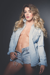 Tillie (jimbob195) Tags: lighting light portrait sexy muscles shirt canon pose hair studio lights healthy model hands breasts open flat underwear legs boobs feather posing double belly bust tillie daisy denim torn shorts toned modelling fit dukes tanned frayed lightroom 6pack unzipped 600d 24105mm lr4 doubledenim 24to105mm