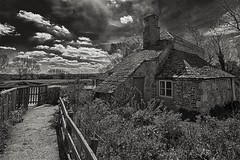 Thames Cottage (Evoljo) Tags: chimney sky house building brick window water grass thames fence blackwhite nikon cottage oxfordshire weir buscot d7100