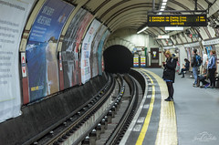 Waiting in the station. (Jordi Corbilla Photography) Tags: london 35mm underground nikon snap d7000 jordicorbilla jordicorbillaphotography