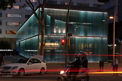 Flicr112015.jpg (Tricfala Photo) Tags: barcelona night noche arquitectura edificio roca arquitecture