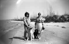 paula and jess (bergytone) Tags: bw 120 film beach analog zeiss vintage box miller gary 6x9 ikon ilford fp4 xtol in baldur