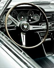 Glas 3000 V8 (Ozan) Tags: bayern bavaria classiccar oberbayern oldtimer dashboard glas steeringwheel germancar lenkrad automuseum madeingermany amerang glasv8 bmwglas efamuseumfrdeutscheautomobilgeschichte glas3000v8 bmwglasv8