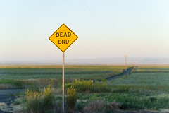 Dead End (bombeeney) Tags: road sunset sign dof columbiariver pacificnorthwest pnw deadend easternwashington horseheavenhills a7s zeissbatis85mm18