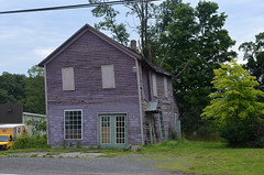 Hyde Park Store (rchrdcnnnghm) Tags: abandoned shop store hose hydeparkny milfordny ostegocountyny oncewashome