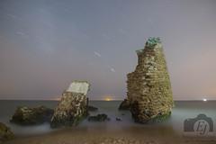 Sutileza de la noche (Enrique Jerez) Tags: sea beach night playa mar noche long exposition larga exposicin circumpolar star trail