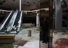 Am i really there? (Gerald Cuffe) Tags: ohio abandoned glass mall mirror nikon creepy acres rolling akron d7k d7000 recflective