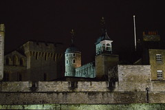 The Towers of London in the Dark (CoasterMadMatt) Tags: pictures city greatbritain november autumn england london tower castle english heritage history up dark