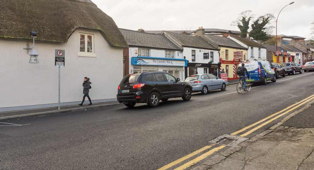 Stillorgan Hill - Stillorgan Village Ref-100094