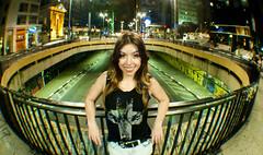 Bi (Vitor Morinishi) Tags: street light portrait woman luz brasil night avenida nikon sopaulo sp noite rua paulista