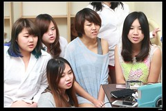 nEO_IMG_DP1U9049 (c0466art) Tags: school portrait white girl shirt female canon happy photo interesting bed funny asia university pretty classmate room gorgeous picture taiwan indoor subject feeling charming drama 1dx c0466art