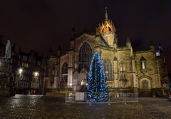 St Giles Cathedral At Christmas, Edinburgh (Colin Myers Photography) Tags: christmas street old st colin night dark photography lights scotland town high edinburgh moody cathedral royal scottish nightlight stgilescathedral royalmile giles cobbles highstreet atmospheric mile myers 2014 edinburghnight royalmileedinburgh highstreetedinburgh colinmyersphotography