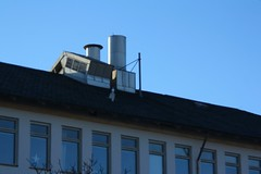 Thingy on the roof (blondinrikard) Tags: gteborg gothenburg january sunny majorna 2015