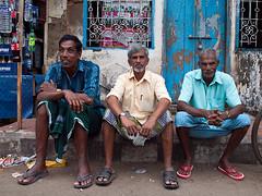 Kochi men (Evgeni Zotov) Tags: street city people india man kerala trinity sit indie rest indi cochin indien kochi inde malayali  hindistan   ndia