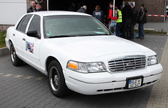 Retired cop (The Rubberbandman) Tags: auto street city usa white black classic ford america sedan germany us big yacht outdoor police victoria german american cop land vehicle vic crown law enforcement saloon polizei department cruiser motorshow fahrzeug interceptor unmarked delmenhorst cvpi