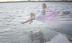 Water spirit (Neon Lilith) Tags: pink white water flying surreal floating levitation
