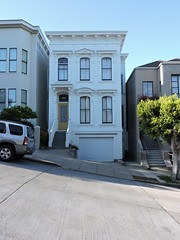 White Victorian House, San Francisco (8:40am) Tags: sanfrancisco victorianhouse
