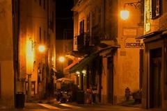 piazza motta (paddy_bb) Tags: street italien italy lake nightscape decay 2016 orta ortasangiulio nikond5300 paddybb