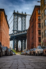View of the Manhattan Bridge and the Empire State Building from Washington Street, Brooklyn (diana_robinson) Tags: newyorkcity brooklyn manhattanbridge empirestatebuilding washingtonstreet cobblestonestreet