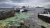 Barrage contre l'Atlantique (vandrende) Tags: norway landscape norge nor paysage lofoten norvege landskap nordland myrland