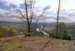 Frame 1.jpg (njcull) Tags: film 35mm australia lakegeorge macgregor 125 australiancapitalterritory c41 fpp wetweather canoneos33 svema shepherdslookout svemacolornegative125