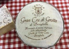 Gran Cru di Grotta (Ricard2009 (Mart Vicente)) Tags: cheese queso queijo sir fromage ost formaggio sajt kaas  caws  formatge peynir gazta      brnz sris ilobsterit