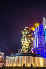 Leo the Lion (www78) Tags: las vegas statue hotel paradise leo nevada lion grand strip mgm
