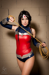 2014-11-15 - Brasil Comic Con - 0238 (cosplusup) Tags: brazil woman brasil comics wonder dc comic cosplay paulo são con cosplayers new52