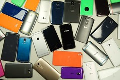 apple one nokia google amazon phone blackberry samsung lg... (Photo: TechStage on Flickr)