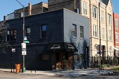 Bar Deville (Cragin Spring) Tags: city urban usa chicago building bar corner illinois midwest unitedstates ukrainianvillage chitown il damen chicagoillinois chicagoil windycity westtown bardeville