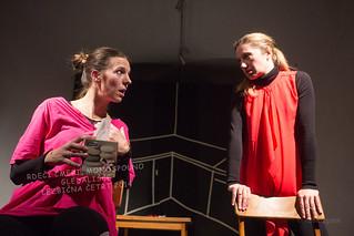 Rdeči cmeri; Monospolno gledališče, avtorici Irena Duša in nataša Jereb; 8. 12. 2014