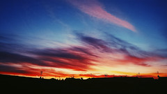 The right balance between bonding and letting go. (Electricoomassie) Tags: world city sunset sky color home beautiful silhouette electric mobile contrast atardecer amazing nice spain nikon photos samsung colores cielo nubes contraste silueta s4 d90 increble electricoomassie vscocam