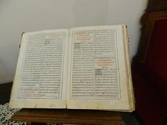 Libros religiosos Antiguos Museo Palacio Pedro I Astudillo Palencia 04 (Rafael Gomez - http://micamara.es) Tags: pedro antiguos museo libros palacio palencia religiosos astudillo i