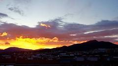 Amarillos y Malvas... (davidgv60) Tags: espaa ski color sunrise dawn spain natural natur amanecer cielo panoramica nubes fujifilm nwn xt10 david60 sunrisepaisatgesalcoi photodgv