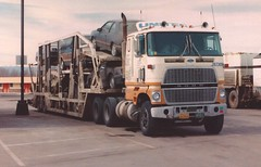 "Ford CL9000 ""United V-L"" (PAcarhauler) Tags: tractor ford truck semi trailer coe cabover cl9000"
